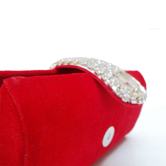 AHS crafts stone mouse clutch