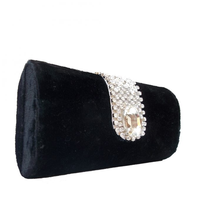 AHS crafts Mouse stone clutch
